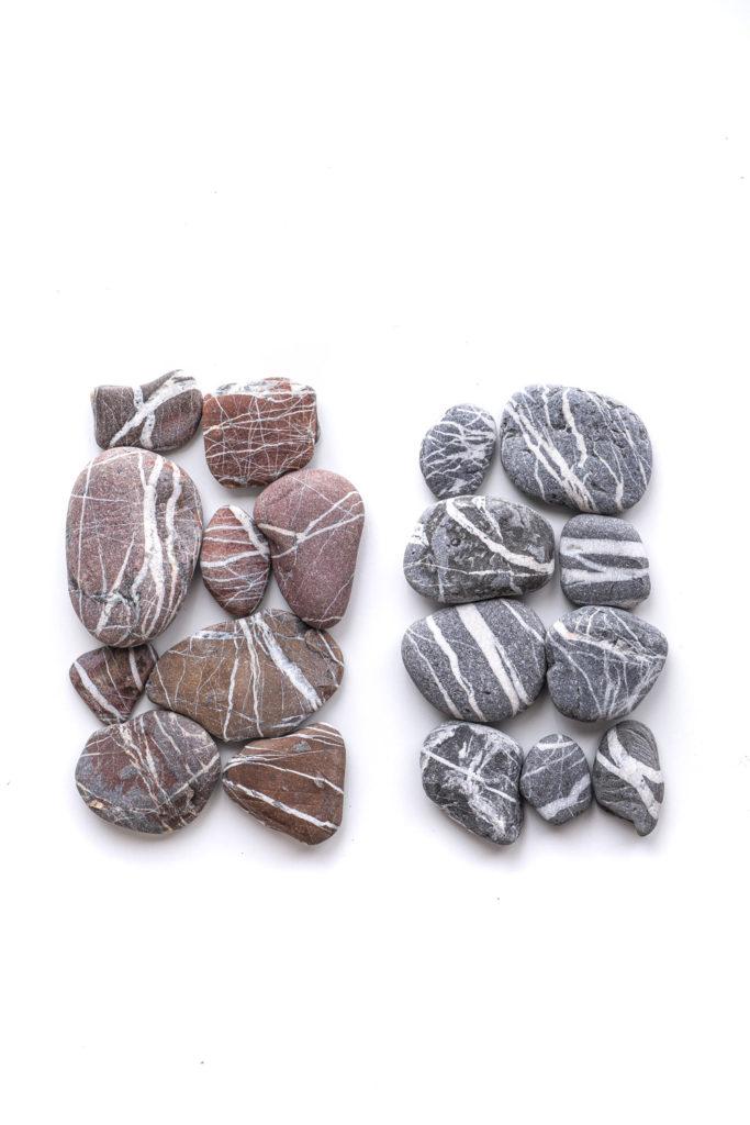 1499 piedras rayas